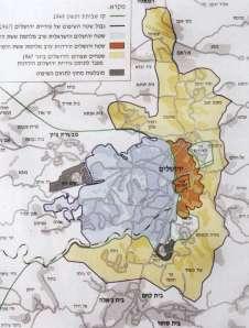 """מתוך ספרו של עמירב. בכתום ואפור ירושלים עד 1967 (חצויה על ידי הגבול), בצהוב, שטחים מהגדה בחסות השם """"ירושלים""""."""
